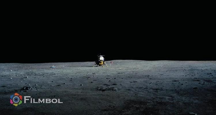 Ay'da İlk İnsan